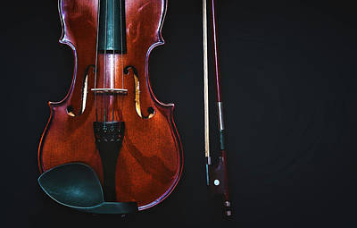 Violin Bows Violin Bows Photograph - Violin And Bow by Baher Khairy