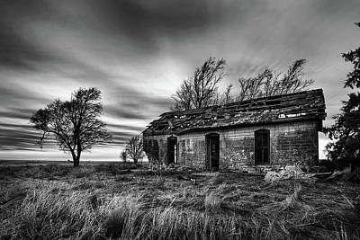 Old Abandoned House Photograph - Void by Thomas Zimmerman