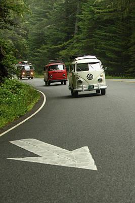 Vw Buses And A Really Big Arrow Print by Richard Kimbrough