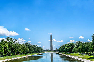Tourist Photograph - Washington Monument In Washington, Dc by Art Spectrum