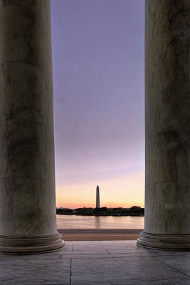 Washington Monurment At Dawn Print by Andrew Soundarajan