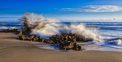 Horizontal Photograph - Water And Earth Collide by Andres Leon