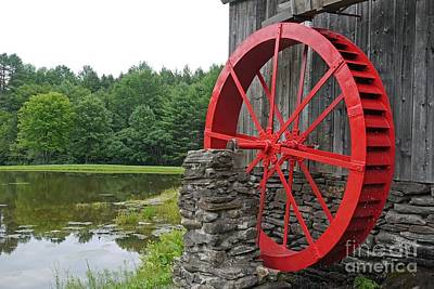 Vermont Country Store Photograph - Water Wheel Vermont by Edward Fielding
