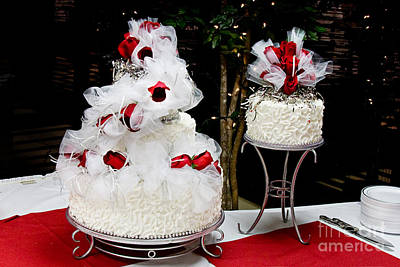 Wedding Cake And Red Roses Print by Andee Design