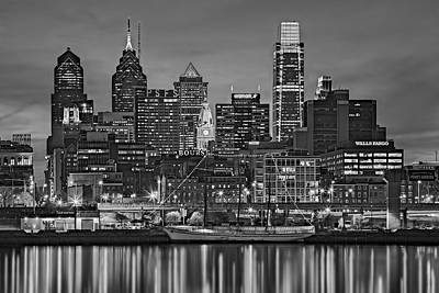 Philadelphia Skyline Photograph - Welcome To Penn's Landing Bw by Susan Candelario