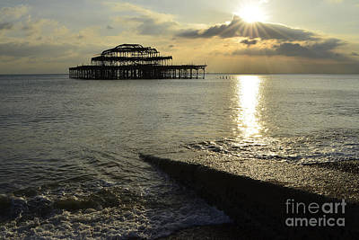 West Pier Brighton Print by Stephen Smith