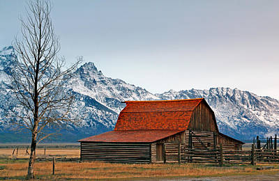 Farms-n-barns Photograph - Western Living 2 by Nicholas Blackwell