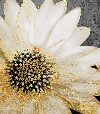 Great White Shark Painting - White And Gold Daisy by Mindy Sommers