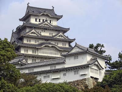 White Heron Castle - Himeji City Japan Print by Daniel Hagerman