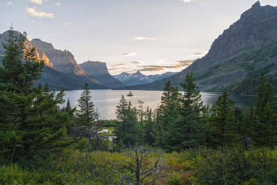 Rocky Mountains Photograph - Wild Goose Island Sunset - Glacier National Park Montana by Brian Harig