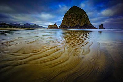 Cannon Beach Photograph - Wind And Water by Rick Berk