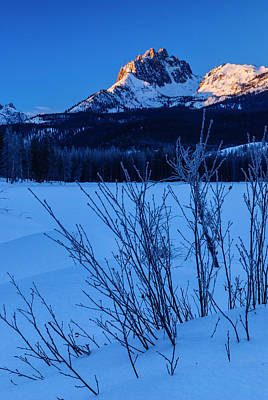 Winter Sunrise Along Sawtooth Mountain Range Stanley Idaho Usa Print by Vishwanath Bhat
