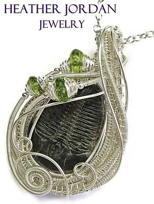 Sterling Silver Wrapped Pendant Jewelry - Wire-wrapped Trilobite Fossil Pendant In Sterling Silver With Peridot Trilss6 by Heather Jordan