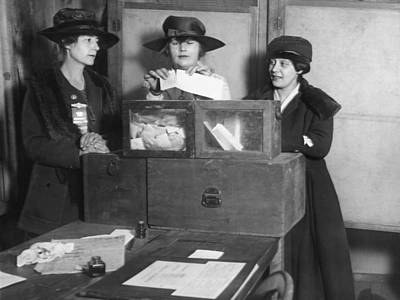 Voted Photograph - Women Voting In New York City by Underwood Archives