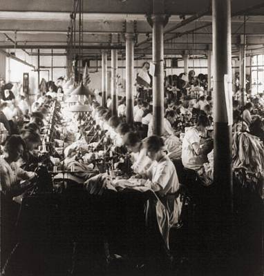 Women Working At Sewing Machines Print by Everett