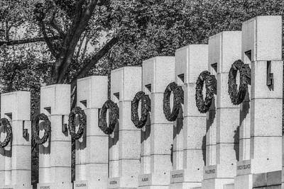 Washington Monument Photograph - World War II Memorial Wreaths Bw by Susan Candelario