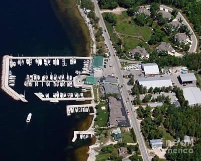Yacht Works Marina To North Print by Bill Lang