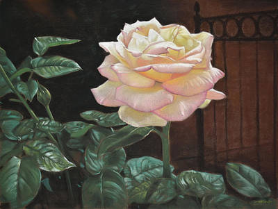 Still Life Painting - Yellow Rose Of Texas by Christopher Reid