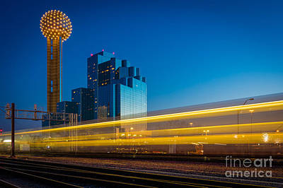 Dallas Photograph - Yellow Trail by Inge Johnsson