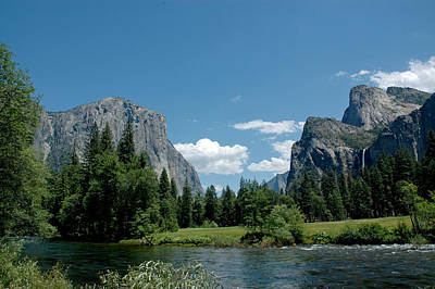 Trees Photograph - Yosemite Valley View A by LeeAnn McLaneGoetz McLaneGoetzStudioLLCcom