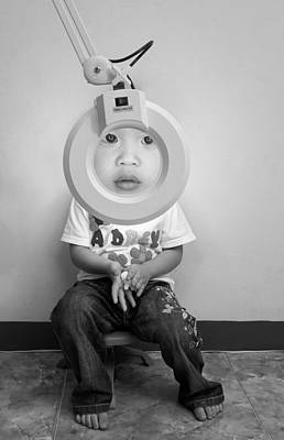 Humour Photograph - Zoom In by Eddy Tanu