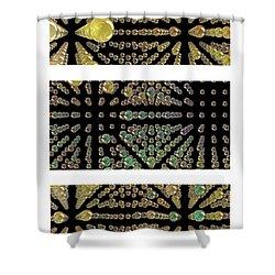 3d Spheres Shower Curtain by Susan Leggett