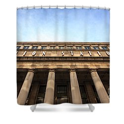 Chicago Union Station Sign And Building Columns Shower Curtain by Paul Velgos