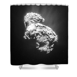 Shower Curtain featuring the photograph Comet 67pchuryumov-gerasimenko by Science Source