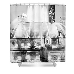 Panoramic Picture Of Chicago Buckingham Fountain  Shower Curtain by Paul Velgos