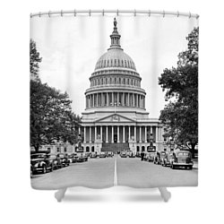 The Capitol Building Shower Curtain by Underwood Archives