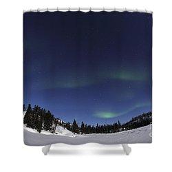 Aurora Over Vee Lake, Yellowknife Shower Curtain by Yuichi Takasaka
