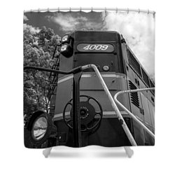 Ccgx  4009 14950b Shower Curtain by Guy Whiteley