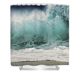 North Shore Wave Shower Curtain by Vince Cavataio - Printscapes