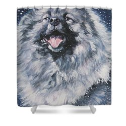 Keeshond In Snow Shower Curtain by Lee Ann Shepard