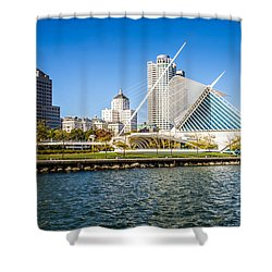 Milwaukee Skyline Photo With Milwaukee Art Museum Shower Curtain by Paul Velgos