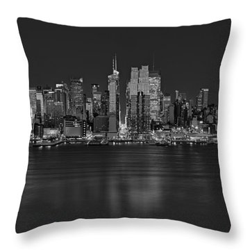 New York City Comes Alives At Sundown Throw Pillow by Susan Candelario