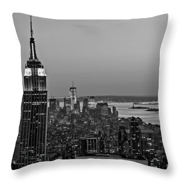 Nyc Top Of The Rock Throw Pillow by Susan Candelario