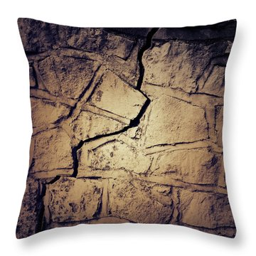 Cracked Wall Throw Pillow by Les Cunliffe