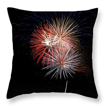 4th Of July 7 Throw Pillow by Marilyn Hunt