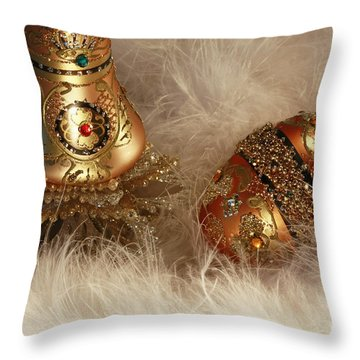 A Holiday To Remember Throw Pillow by Inspired Nature Photography Fine Art Photography