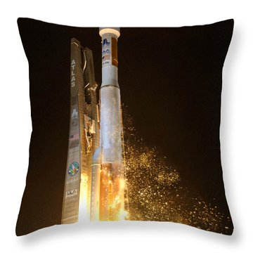 Throw Pillow featuring the photograph Atlas V Rocket Taking Off by Science Source
