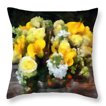 Bouquet With Roses And Calla Lilies Throw Pillow by Susan Savad