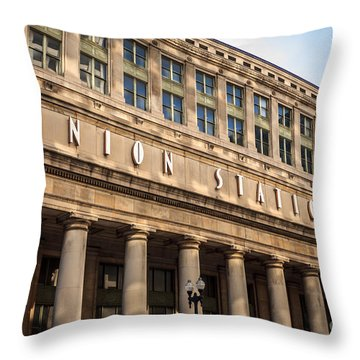 Chicago Union Station Building And Sign Throw Pillow by Paul Velgos