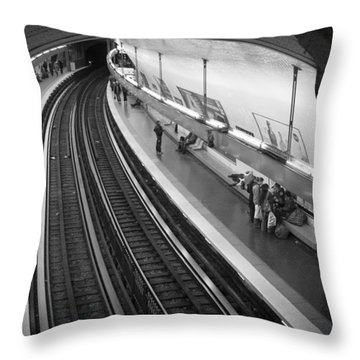 Curve Throw Pillow by Sebastian Musial