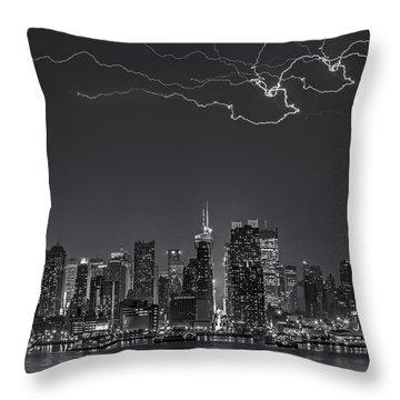 Electrifying New York City Bw Throw Pillow by Susan Candelario