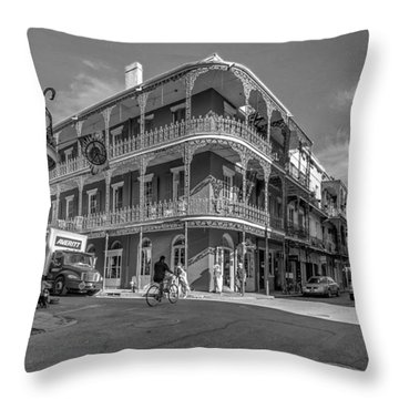 French Quarter Afternoon Bw Throw Pillow by Steve Harrington