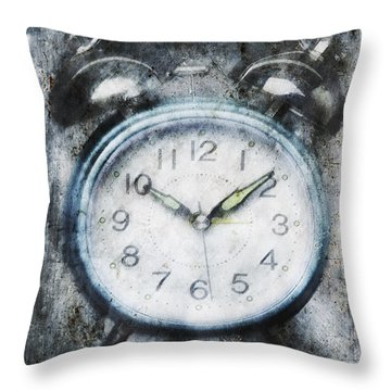 Frozen In Time Throw Pillow by Skip Nall