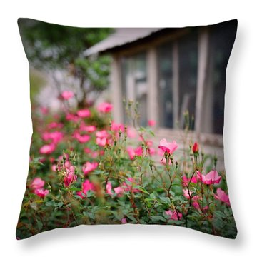 Gardens Of Pink Throw Pillow by Linda Unger