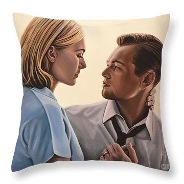 Kate Winslet And Leonardo Dicaprio Throw Pillow by Paul Meijering