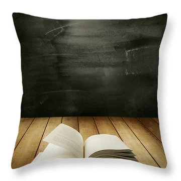 Knowledge Throw Pillow by Les Cunliffe